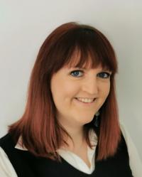 Rebecca Flatres (BA Hons CERT Hyp CS)