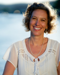 Stephanie Betschart HPD, SFBT(hyp)- Embodied Hypnotherapy since 2008