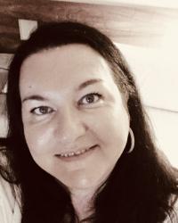 Tracey Davitt - Clinical Hypnotherapist - Dip CHH, Cert NLPS, GQHP, GHR reg.