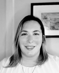 Laura Abba - DipCHyp,HPD,NCH(Reg), Maternal Coach, Hypnobirthing; L. Abbatangelo