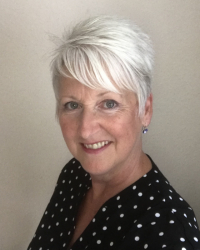 Coral Bugden - Anxiety, weight loss & mental health first aid.
