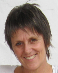Anna Blackmore Master Practitioner Cognitive Hypnotherapy & NLP, Yoga Therapist