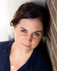Natalie Molyneux Dip CBH, Cert Hypnotherapy, Dip Psych therapy ACT practitioner