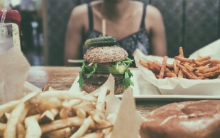 Are you trapped in the binge-starve cycle?