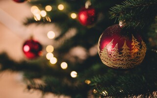 5 tips for coping with Christmas