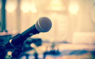 Discover how to get over Glossophobia with hypnosis