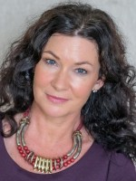 Mind Coach & Hypnotherapist Claire McNulty *FREE MINDSET GUIDE*