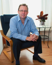Oliver Grantham Hypnotherapy & Self-Development Content Creator. Podcaster