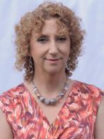 Susan Strickland IDHP(distinction) APHP MBBRS (Acc. AP) (MNRP BA(Hons) PGCE ALCM