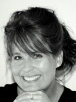 Julie Sharp - Hypnotherapist & Master NLP Practitioner