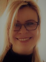 Louise Price DipHyp DipHb(KG)