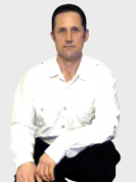 Chris Findeis - hypnotherapist, counsellor and life coach