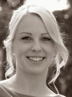 Laura J Lee Hypnotherapist & Psychotherapist Dip. CP, Dip Hyp CS, BA (Psyc)