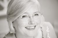 Louise Baker Hypnotherapist & Certified Practitioner Havening Techniques®,