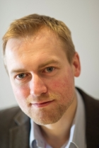 Peter Sandy Dip Hyp, CNHC,    Healthy Minds Clinic