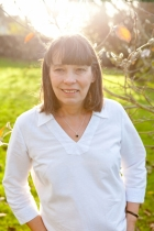 Suzanne Barrett  DHP, HPD MNCH(Reg), CNCH