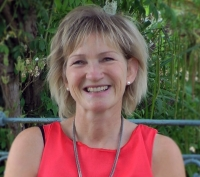 Nicola Menage - Motivational Hypnotherapist BA Hons; D.Hyp; THA; CNHC