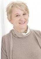 Renata Krok BSc (Hons), DHP (Adv), MAPHP (Acc), MNRPC (Acc), CNHC, MIBWRT (Adv)