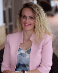 Eliana Penn - Success Coach, BA (Hons) MA, MSc, QTS, Coaching Dip