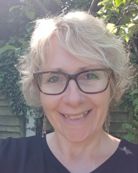 Linda King M.A.C. ADHD and well-being coach. Linda King Coaching.