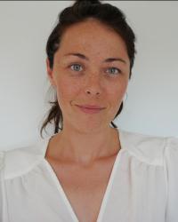 Lia Rich, Holistic Wellbeing Coach, BA Psych, MSW