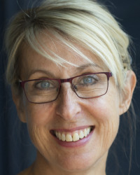 Jules Hellens - Wellbeing Life Coach for women over forty