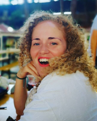 Amber Coleman (Dip. Transformational coaching, BSc Anthroplogy)