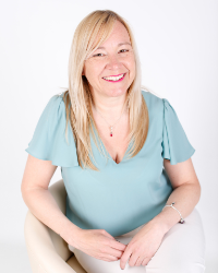 Nikki Culverwell - Positive Psychology Consultant & Senior Practitioner Coach