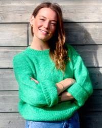 Ellie Baker - Qualified Coach & Psychology Graduate