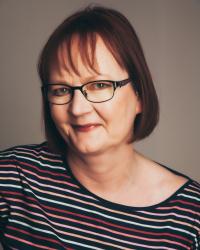 Dr Julie Osborn