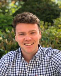 Euan Campbell || Career Coach for aspiring early-mid career professionals ||