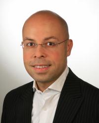 Navid Nazemian (PCC) Leadership & Career Coach