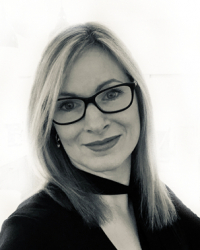 Nicole Greenfield-Smith  (founder of The Confidence Craft, BA, MA, MANLP)