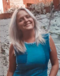 Chloe Gosiewski MAC, MHFA - Personal Development and Travel Coaching