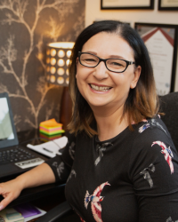 Daniela Stones, Life Coach, Counsellor and Hypnotherapist