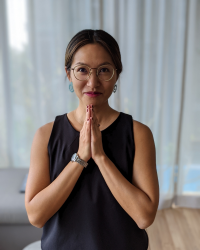 Iris Chang - Coaching with Mindfulness