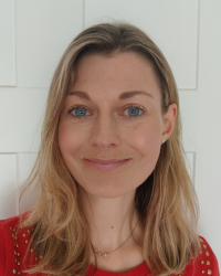 Dr Lucy Coonan