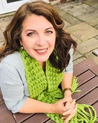 Dr Mayret Castillo