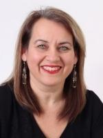 Juliet Landau-Pope, MA (Oxon), CPCC, PGCertAP, FHEA