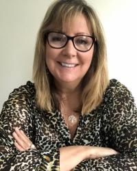 Helen Diaz - NLP Coach, Dip Clin Hyp, Effective Online sessions.