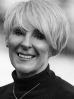 Fiona Burman Hopkins - Chester Hypnotherapist, NLP Life Coach Executive Coaching