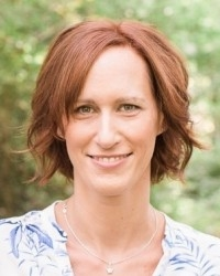 Justine Curlis   MBCT for Stress Reduction & Burnout Recovery