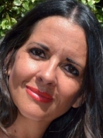 Nadia Wyatt, MA BA MBACP CNHC FInsLM EMDR