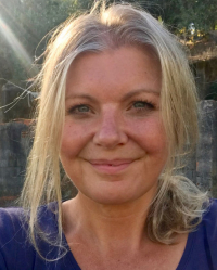 Belinda Raitt, ICF accredited Coach with MA (Hons) Psychology