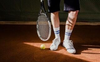 Anyone for tennis? 4 ways tennis links to coaching