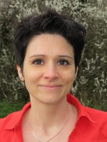 Coraline Pawlak- confidence and career coach