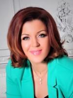 Elizabeth Holt. MAC. Emotional Health Coach & Educator.