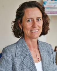 Raquel Martin - BSc Hons, Dip NT, mBANT, CNHC Registered Nutritional Therapist