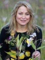 Angela MacRitchie Dip Nat Nut (CNM) Dip Herb (CNM)