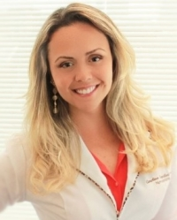 Carolina Capellari Simon (BSc, PG Dip, CISSN) Harley Street Nutritionist